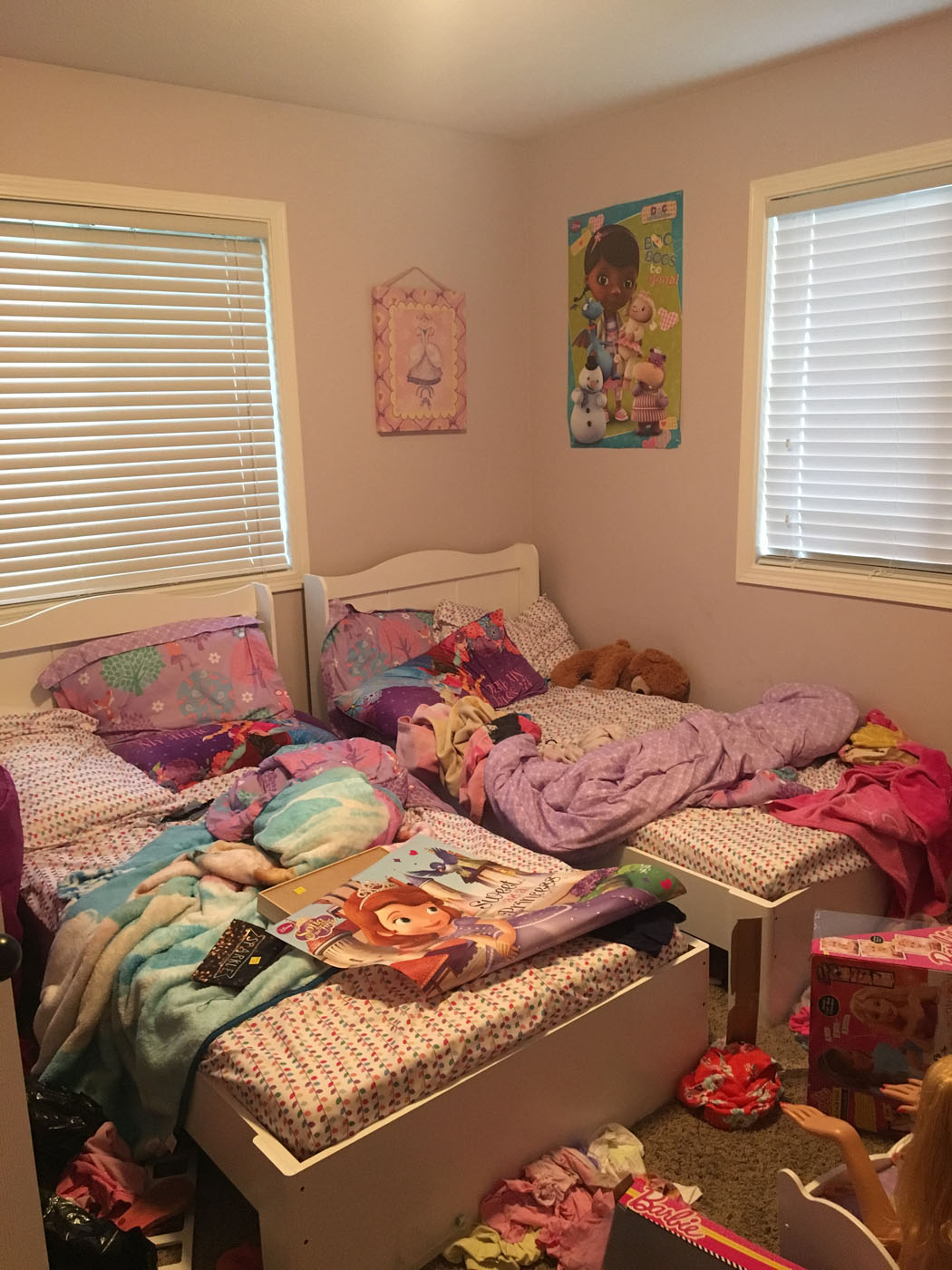 twin_girl_bedroom_makeover_2-copy