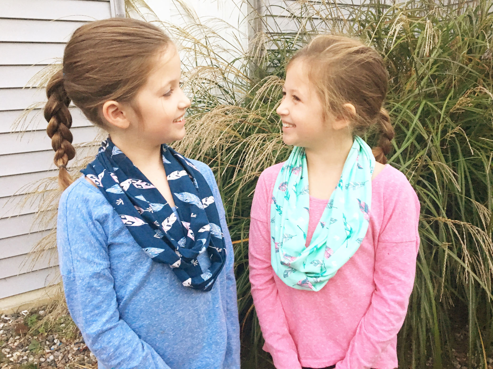 twin_girl_infinity_scarves_2