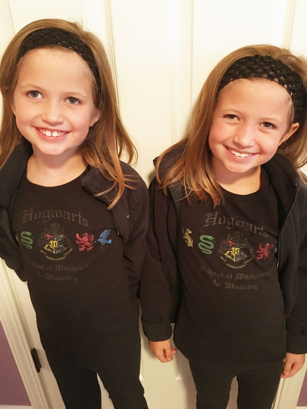 twin_girls_spirit_week_1