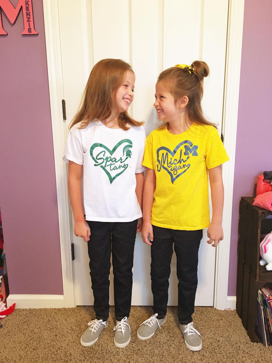 twin_girls_spirit_week_3