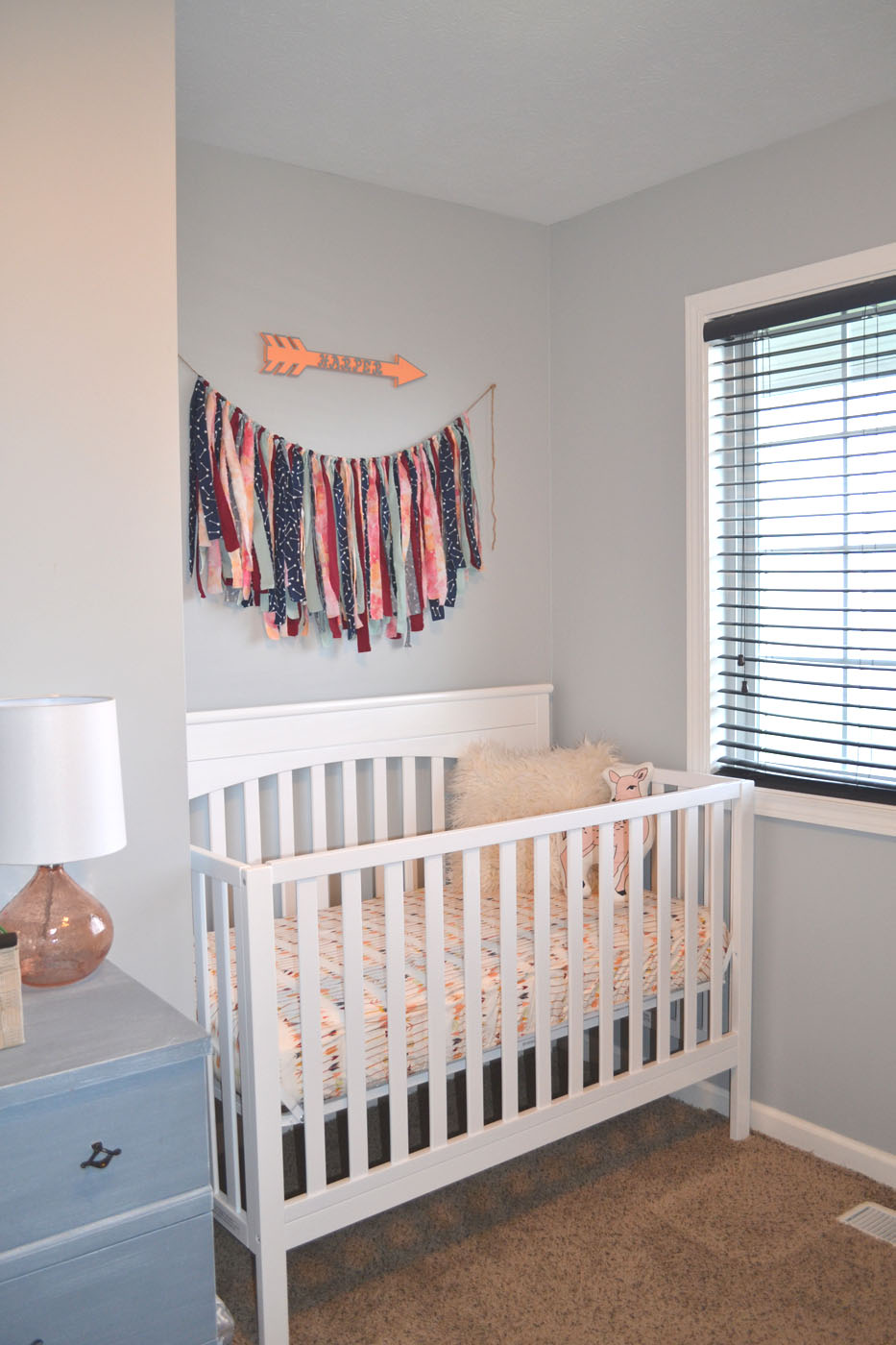 boy_girl_twin_nursery_1