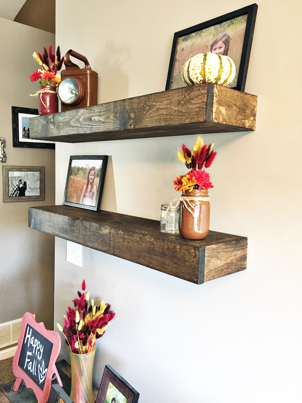 diy_floating_farmhouse_shelves_4