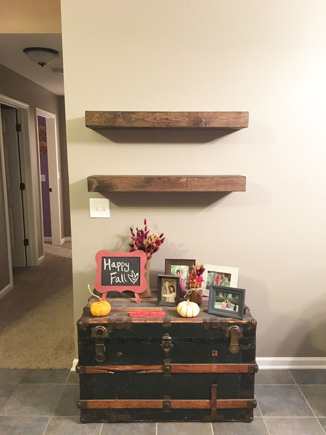 diy_floating_farmhouse_shelves_6
